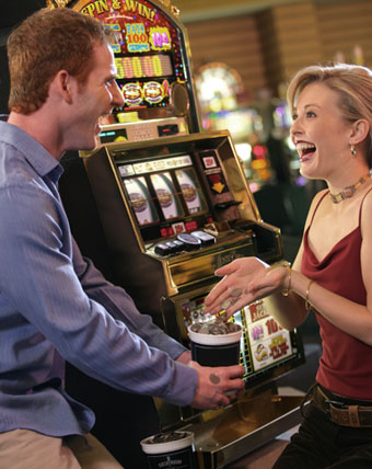 Casino Packages - Embassy Suites by Hilton Niagara Falls - Fallsview Hotel, Canada